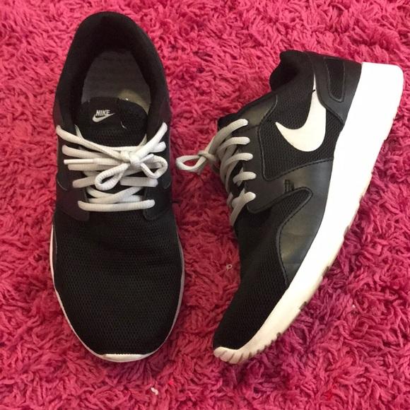nike kaishi silver running shoes
